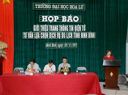 Họp báo giới thiệu trang thông tin điện tử tư vấn lựa chọn dịch vụ du lịch tỉnh Ninh Bình
